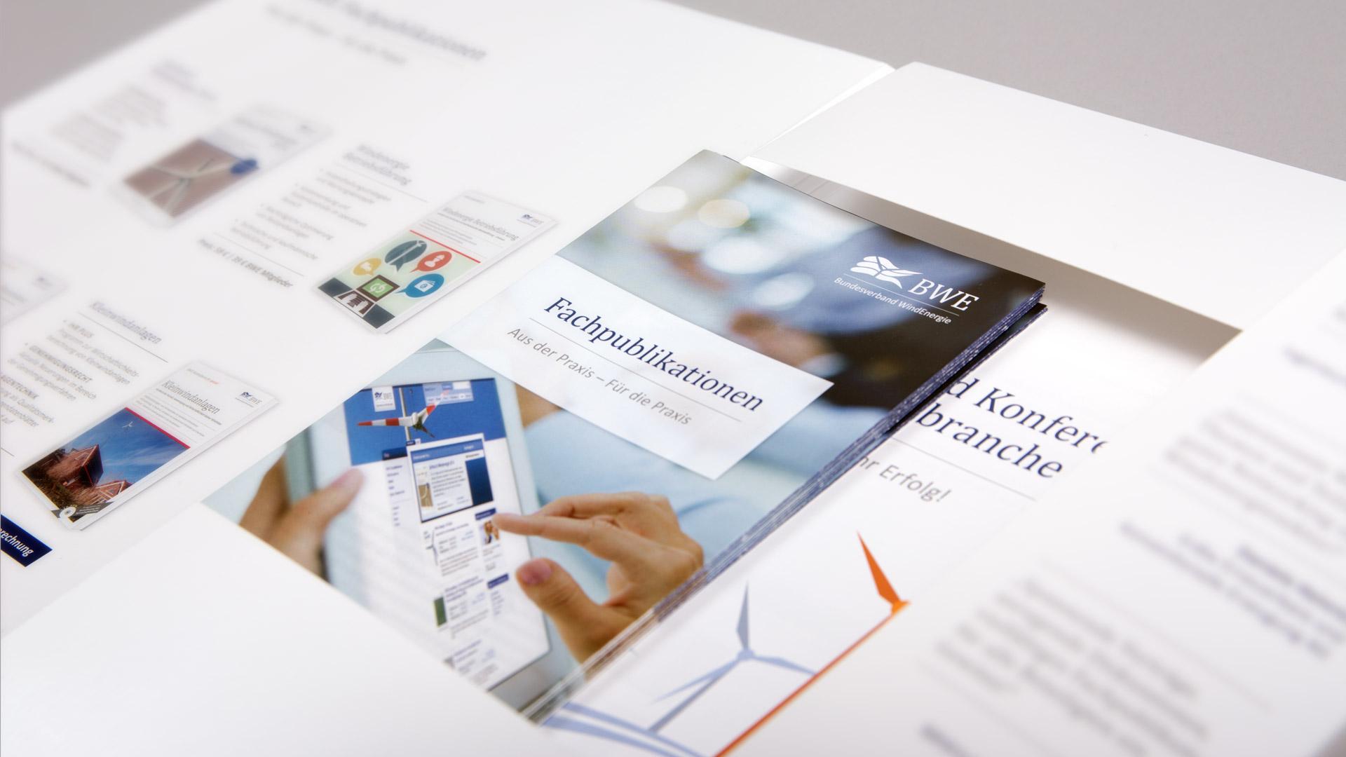 Präsentationsmappe mit allen Materialien BWE Service